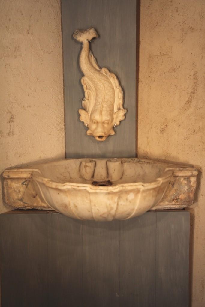 Fontaine d 39 int rieur en marbre de carrare provence xviii for Interieur provence